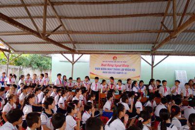 Liên đội Trường Tiểu học Thị Trấn 1 tổ chức hoạt động ngoại khóa chào mừng ngày 22-12