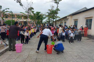 Liên đội trường tiểu học thị trấn 1 tổ chức ngoại khóa cuối học kì I